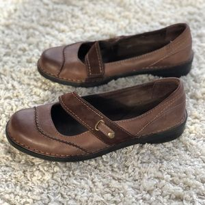 Clarks Brown Leather Mary Jane Flats Wide Width